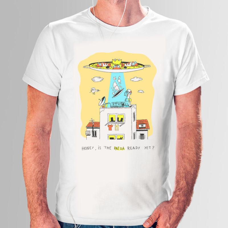 Camiseta con una paella que es un ovni